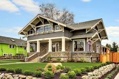 Beautiful Craftsman home. My favorite type of home