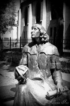 Kochany Kopernik z Olsztyna;)