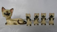 LOT OF 5 VINTAGE NORCREST SIAMESE CHINA CAT KITTENS ON A CHAIN FIGURINES JAPAN