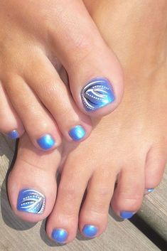 The problem is so many nail art and manicure designs that you'll find online Pedicure Nail Art, Pedicure Nail Designs, Pedicure Colors, Nail Polish Designs, Toe Nail Art, Blue Pedicure, Pedicure Summer, Toenail Art Designs, Nails Design