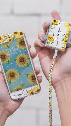 Próprio Sol by Bruna Vieira Sun Charger and Film by Bruna Vieira, gocase, powerbank, portable charge Cute Cases, Cute Phone Cases, Iphone Phone Cases, Iphone 5s, Cell Phone Covers, Iphone Android, Coque Iphone 6, Iphone Charger, Airpod Case