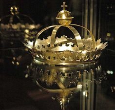 Funeral crown made in conjunction with funeral of King Gustav Vasa in 1560. Silver gilt.