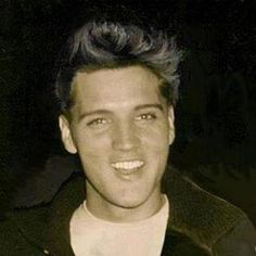 Gorgeous Elvis