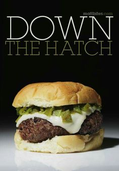 Green Chile Cheeseburger- and a beautiful one too! The best chile comes from Hatch, NM. Diaz Farms, all this is missing is BACON Hatch Green Chili Recipe, Green Chili Recipes, Hatch Chili, Mexican Food Recipes, Chile, Mexico Food, New Mexican, Wrap Sandwiches, Back Home