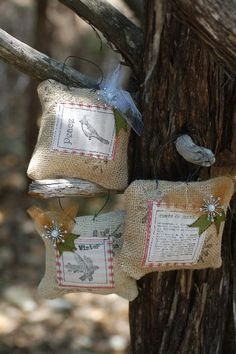 Burlap Balsam Sachet Tutorial - Christmas but use a different stamp and could be adapted for any time of the year