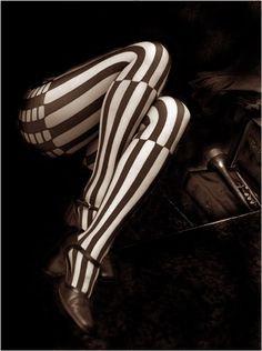 night circus stripes.