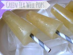 Green Tea Well Pops with Honey & Lemon | Good for a sick child or a refreshing healthy pop for summer days.