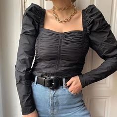 Black statement top with puff sleeved square neck top and gold large chain necklace with high waist denim Olivia Faeh on December 13, 2019 @streetstyled, @streetstyleluxe, @editedofficial, @stylegator, @blogging4style, and @street_style_paris.    #Regram via @B6D4hR3BH6S Girls Party Dress, Girls Dresses, Nude Tops, Square Neck Top, Cool Sunglasses, Girls Night Out, Holiday Outfits, What To Wear, Leather Jacket