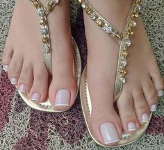Image may contain: shoes and closeup Pretty Toe Nails, Cute Toe Nails, Cute Toes, Pretty Toes, Pretty Sandals, Beautiful Sandals, Beautiful Toes, French Toes, French Toe Nails