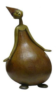 arsinee-ok Arsinee-ok – Schnitzerei Paper Mache Sculpture, Sculptures Céramiques, Art Sculpture, Pottery Sculpture, Decorative Gourds, Hand Painted Gourds, Contemporary Sculpture, Contemporary Ceramics, Ceramic Figures