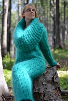 ORDER hand knitted mohair dress thick cowlneck sweater by Dukyana Cowl Neck Sweater Dress, Mohair Sweater, Knit Dress, Fuzzy Robe, Gros Pull Mohair, Extreme Knitting, Maxi Robes, Pullover, Fur Fashion