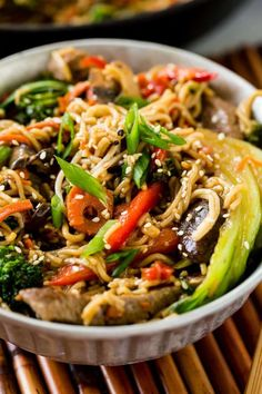 Quick and Easy 15 Minute Beef Stir Fry - Oh Sweet Basil Easy Beef Stir Fry, Quick Stir Fry, Chicken Stir Fry, Stir Fry Recipes, Steak Recipes, Sauce Recipes, Cooking Recipes, Recipe With Baby Bok Choy, Best Fries Recipe