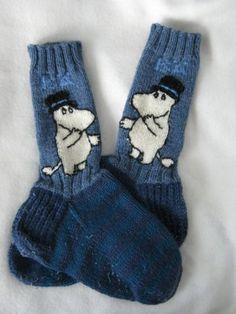 Knit Slouchy Hat Pattern, Crochet Mittens Pattern, Fair Isle Knitting Patterns, Knit Mittens, Knitting Socks, Hand Knitting, Knitted Hats, Knit Crochet, Newborn Knit Hat