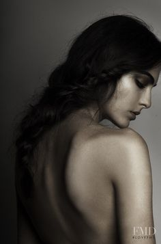 "nightlock: "" moodboard: belle / beauty and the beast "" Photography Poses Women, Erotic Photography, Artistic Photography, Portrait Photography, Poses Photo, Art Model, Studio Portraits, Female Portrait, Model Photos"