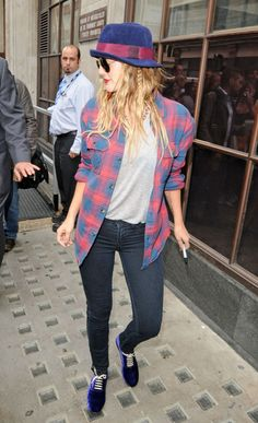 Drew Barrymore Leggings - Actress Drew Barrymore wore a pair of J Brand 901 leggings in Olympia while promoting her new film 'Going the Distance' at BBC Radio 1 studios.