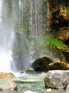 Waterfall, Theth albaniahostel.com