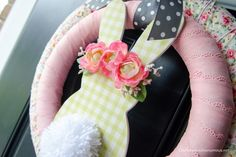 Pretty and whimsical DIY Easter Bunny Wreath tutorial! Unique layered double wreath with florals, gingham, polka dots. Bunny with Floral crown, fluffy tail Christmas Trivia, Christmas Shirts, Christmas Diy, Small Craft Rooms, Scrap Fabric Projects, Hanging Flower Wall, Baby Food Jars, Crazy Kids, Wreath Tutorial