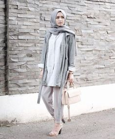 pastel gray - Long and modest hijab outfits http://www.justtrendygirls.com/long-and-modest-hijab-outfits/