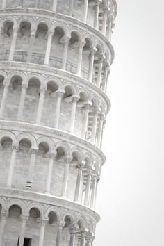 □ TOWER OF PISA | ITALY