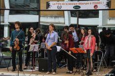 Le 5 juin dernier le BDA ESSEC, le SHAMROCK  JAM ESSEC ont fait vibrer le campus au son de la Fête de la Musique. Une journée musicale non-stop qui a fait résonner tous les styles de musique sur le campus.
