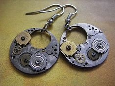 Steampunk earrings. Awesome.