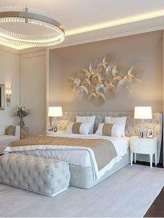 Modern Luxury Bedroom, Luxury Bedroom Design, Master Bedroom Interior, Room Design Bedroom, Gold Bedroom, Bedroom Furniture Design, Luxurious Bedrooms, Home Decor Bedroom, Master Bedroom Chandelier