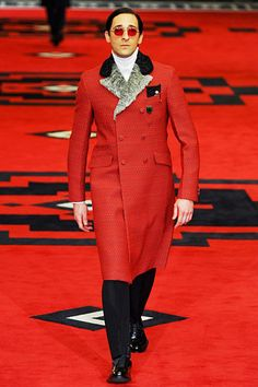 Hahaha... Adrian Brody walked the runway for Prada Fall 2012? His outfit... very Beatles-esque.