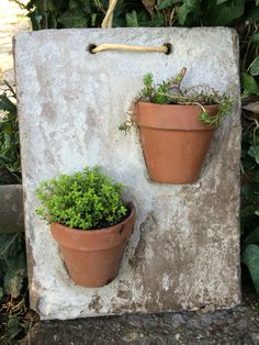 Relaxing Diy Concrete Garden Boxes Ideas To Make Your Home Yard Looks Awesom. - Relaxing Diy Concrete Garden Boxes Ideas To Make Your Home Yard Looks Awesome Source by gago - Cement Art, Concrete Pots, Concrete Crafts, Concrete Garden, Concrete Planters, Cement Design, Concrete Wall, Garden Boxes, Garden Planters