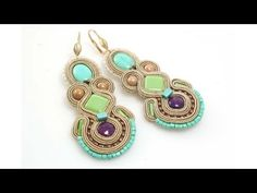 Soutache earings - Step by Step (in Polish) Soutache Tutorial, Earring Tutorial, Soutache Jewelry, Beaded Earrings, Beaded Jewelry, Handmade Jewelry, Jewellery Sketches, Jewelry Making Tutorials, Diy Necklace