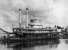 """Bismarck"" Steamboat, Magdalena River, Columbia   par The Caribbean Photo Archive"