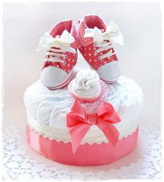 Gateau de couches pour petite princesse : Vacherin cotillon