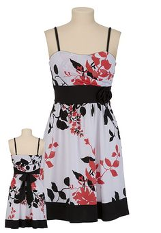 This dress goes GREAT with the shoes I just bought! So pretty, even on someone a little overweight, like myself.