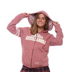 Campera con cierre de Egresados CAMPERA MARÍA AUXILIADORA Red Hoodie, Hoodies, Sweatshirts, Winter Outfits, Victoria Secret Pink, 21st, Man Shop, Street Style, Lady