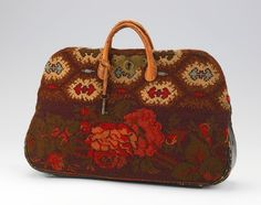 Bag (Carpetbag) ca. 1860 American wool, leather, metal, cotton 14 1/2 x 19 in. (36.8 x 48.3 cm)