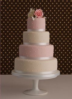 grey & pink wedding cake