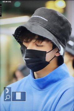 Pledis Seventeen, Jeonghan Seventeen, Joshua Seventeen, Airport Style, Airport Fashion, Iconic Photos, Pledis Entertainment, Pretty Boys, Style Icons