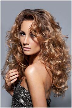 http://www.hair-heads.co.uk/hairdressing/wp-content/uploads/2012/08/hot-curls.jpg