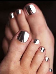 This Cool summer pedicure nail art ideas 76 image is part from 75 Cool Summer Pedicure Nail Art Design Ideas gallery and article, click read it bellow to see high resolutions quality image and another awesome image ideas.