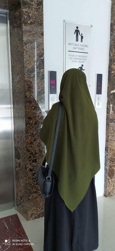 Casual Hijab Outfit, Hijab Chic, Hijab Dress, Hijabi Girl, Girl Hijab, Hijab Hipster, Hijab Style Tutorial, Niqab Fashion, Muslim Women Fashion