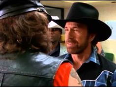 Walker Ranger De Texas 2x04 - Dave y la ola del crimen [Castellano] - YouTube