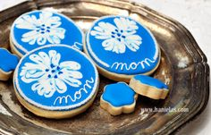 Pretty Flower Cookies : Using Royal Icing Wet on Wet Technique