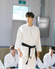 Boa noite💖💖 [💖] viu no exlporar? Song Kang Ho, Sung Kang, Korean Boys Ulzzang, Korean Men, My Love Song, Love Songs, Drama Korea, Korean Drama, Kdrama