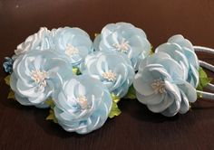 ❤Очень ценю Ваши ЛАЙКИ и КОММЕНТАРИИ!!! ❤СПАСИБО❤ В этом видео (канзаши мастер- класс) показано как сделать ободок с цветами из лент своими руками ~~~~~~~~~~...