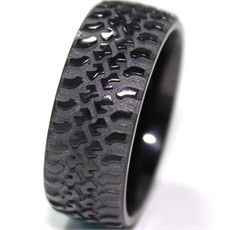 truck wedding rings | Black Truck Tread Ring, Mud Bogger Rings - Titanium-Buzz.com