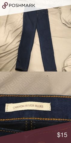 👗MAKE ME AN OFFER Blue jeans straight leg stretch MAKE ME AN OFFER OR TRADE Worn once or twice no signs of wear fit an 8ish Canyon River Blues Jeans Straight Leg