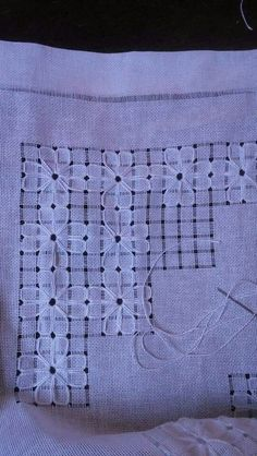 Asuman Karagöz's 648 media content and analytics Hand Embroidery Tutorial, Hand Embroidery Designs, Embroidery Patterns, Stitch Patterns, Types Of Embroidery, Ribbon Embroidery, Hardanger Embroidery, Embroidery Stitches, Chicken Scratch Embroidery