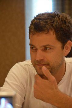 Joshua Jackson at the 'Fringe' panel