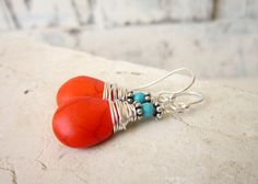 Hey, I found this really awesome Etsy listing at https://www.etsy.com/pt/listing/245111670/wire-wrapped-orange-and-turquoise