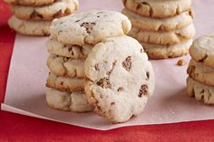 Kraft Food and Family (Holiday Pecan-Cream Cheese Shortbread Cookies - Whip up a batch of these Pecan-Cream Cheese Shortbread Cookies for the holidays. These pecan-studded cookies are sweet, crunchy and festive. Cookie Desserts, Cookie Recipes, Dessert Recipes, Pecan Recipes, Dessert Ideas, Kraft Recipes, Christmas Desserts, Christmas Baking, Christmas Cookies