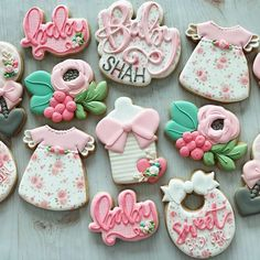 are just super fun to do. Love the pretty florals. Crazy Cookies, Spice Cookies, Cookies For Kids, Fun Cookies, Cupcake Cookies, Sugar Cookies, Cupcakes, Baby Girl Cookies, Baby Shower Cookies
